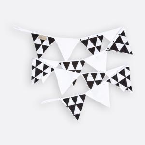 KraftKids Dekoration Wimpelkette schwarze Dreiecke