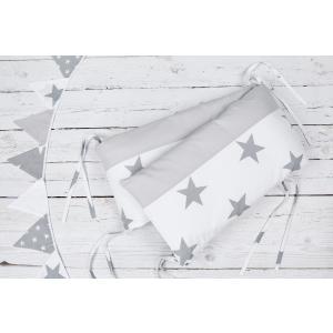 KraftKids Nestchen große graue Sterne auf Weiss und Unigrau Nestchenlänge 60-70-60 cm für Bettgröße 140 x 70 cm