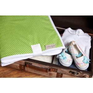 KraftKids Reisewickelunterlage weiße Punkte auf Grün wasserundurchlässig