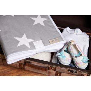 KraftKids Reisewickelunterlage große weiße Sterne auf Grau wasserundurchlässig
