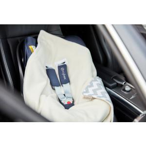 KraftKids Einschlagdecke für Babyschale Chevron grau