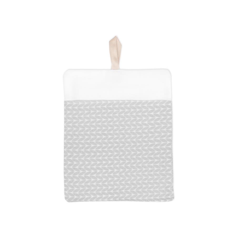 KraftKids Waschlappen kleine Blätter hellgrau auf Weiß