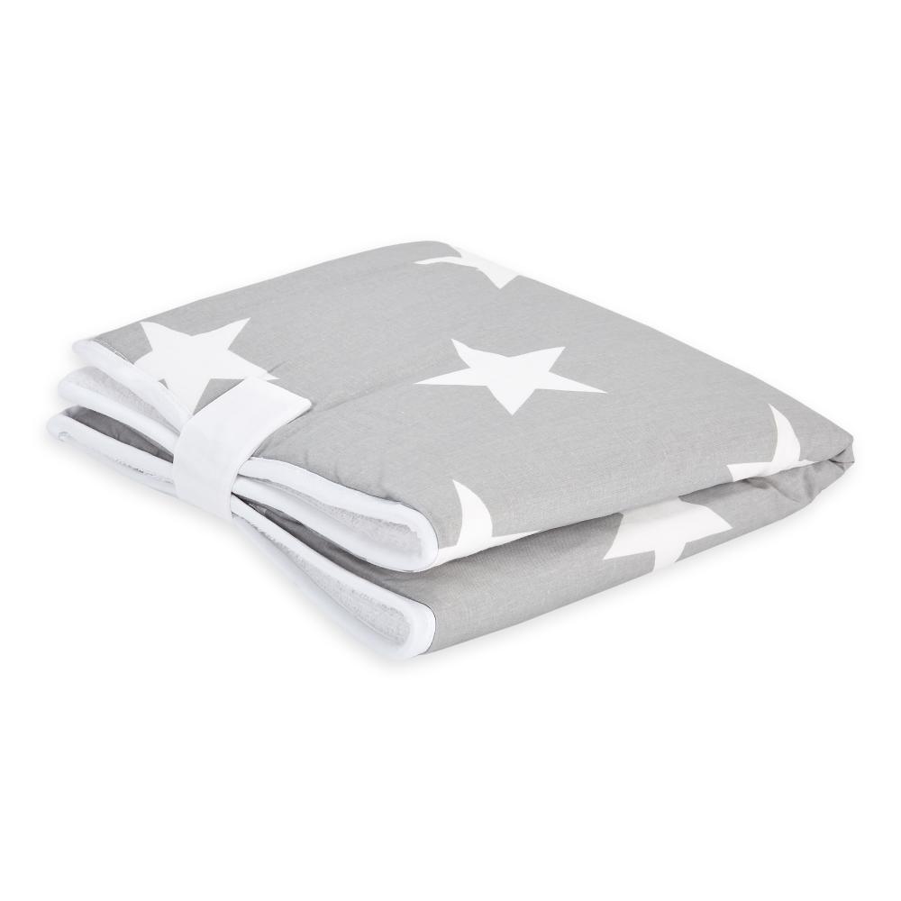 KraftKids Reisewickelunterlage große weiße Sterne auf Grau 3 Lagen wasserundurchlässig weich Frotte 100% Baumwolle