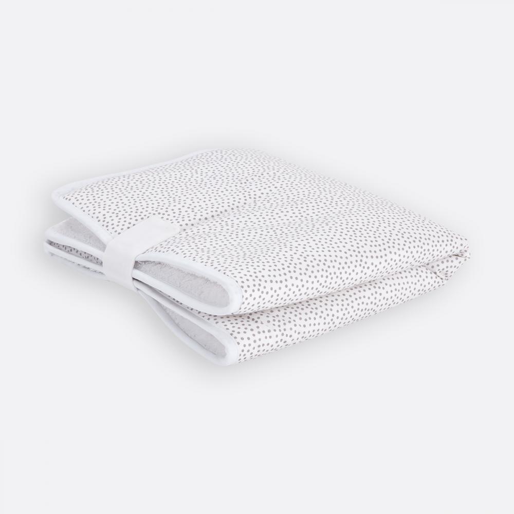 KraftKids Reisewickelunterlage graue unregelmäßige Punkte auf Weiß 3 Lagen wasserundurchlässig weich Frotte 100% Baumwolle