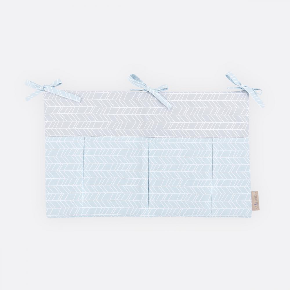 KraftKids Betttasche weiße Feder Muster auf Blau