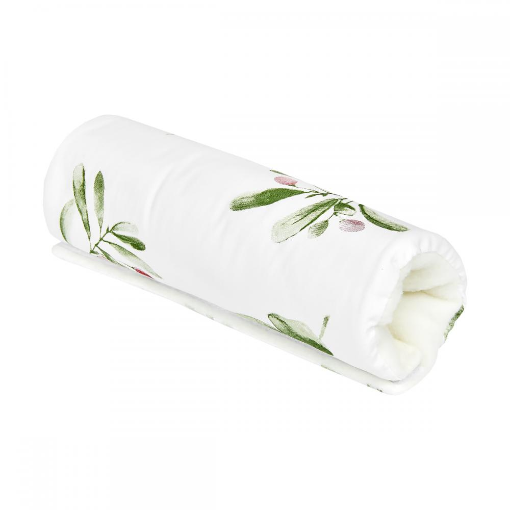 KraftKids Armschoner Babyschale Zweige grün rot auf Weiß Babyschale Armpolster