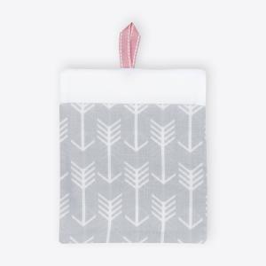 KraftKids Waschlappen weiße Pfeile auf Grau