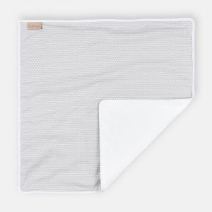 KraftKids Wickelunterlage kleine Blätter hellgrau auf Weiß 3 Lagen wasserundurchlässig weich Frotte 100% Baumwolle
