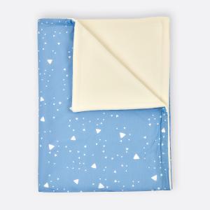 KraftKids Babydecke abgerundete Dreiecke weiß auf Blau