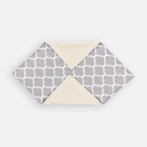 KraftKids Einschlagdecke für Babyschale marokkanisches Klee grau