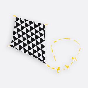KraftKids Dekoration Luftdrache schwarze Dreiecke