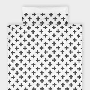 KraftKids Bettwäscheset Uniweiss und schwarze Pluszeichen 140 x 200 cm, Kissen 80 x 80 cm