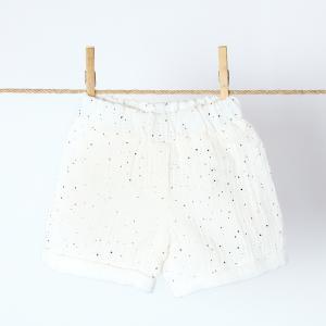 KraftKids Mädchen Shorts Musselin goldene Punkte auf Weiß