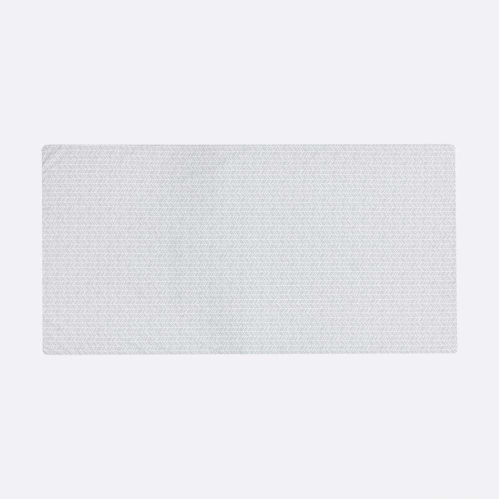 KraftKids Turnmatte weiße Feder Muster auf Grau