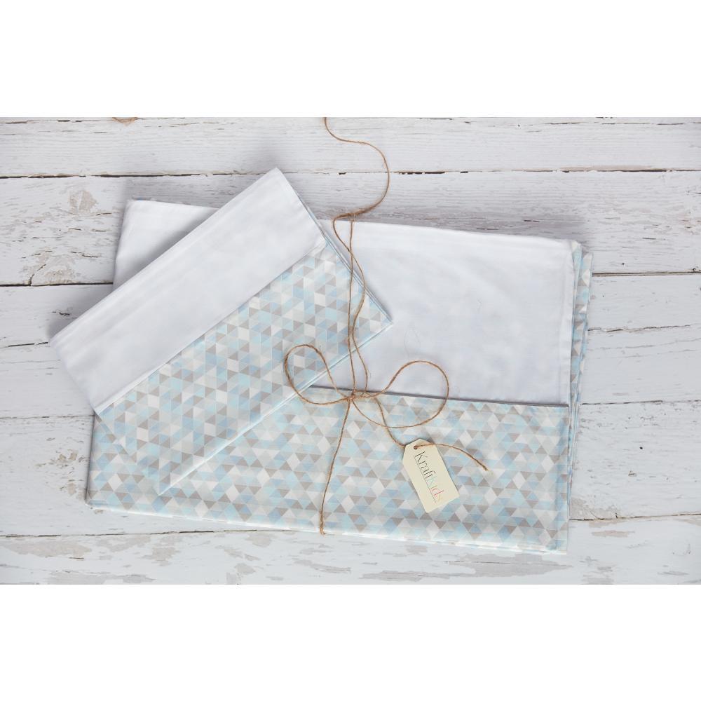 KraftKids Bettwäscheset Uniweiss und kleine Dreiecke blau grau weiß 140 x 200 cm, Kissen 80 x 80 cm