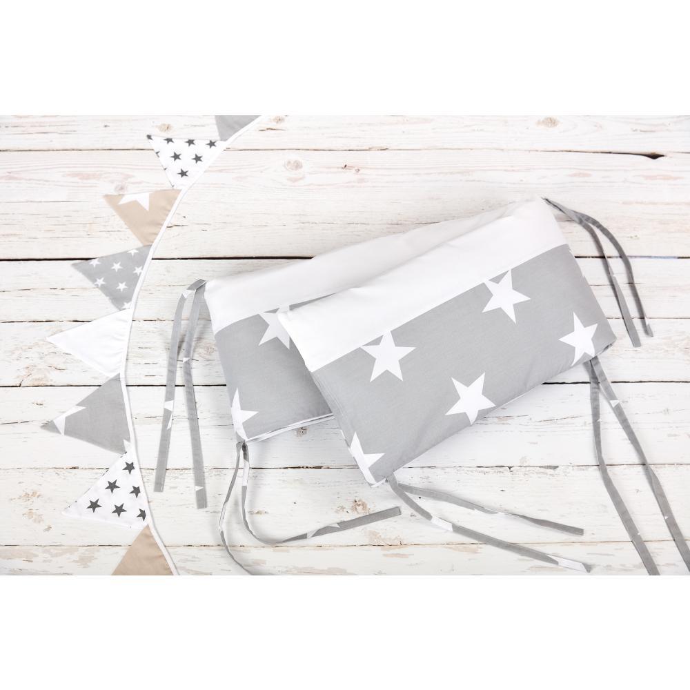 KraftKids Nestchen Uniweiss und kleine graue Sterne auf Weiss Nestchenlänge 60-60-60 cm für Bettgröße 120 x 60 cm