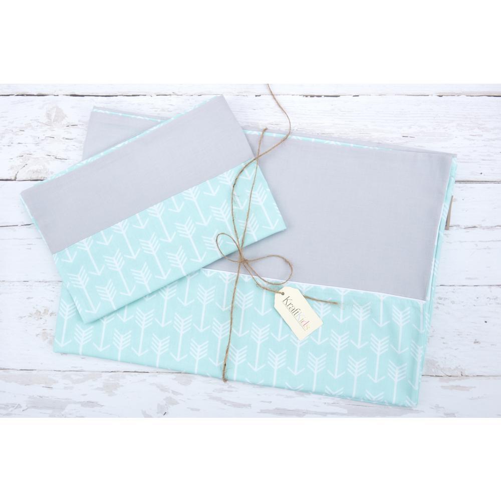 KraftKids Bettwäscheset weiße Pfeile auf Mint und Unigrau 100 x 135 cm, Kissen 40 x 60 cm