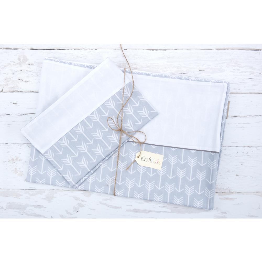 KraftKids Bettwäscheset weiße Pfeile auf Grau und Uniweiss 100 x 135 cm, Kissen 40 x 60 cm