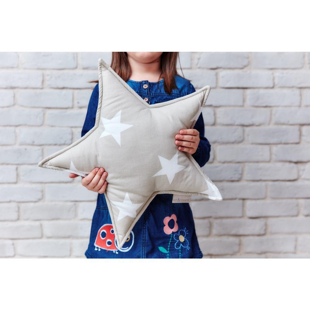 KraftKids Dekoration Sternkissen große weiße Sterne auf Beige