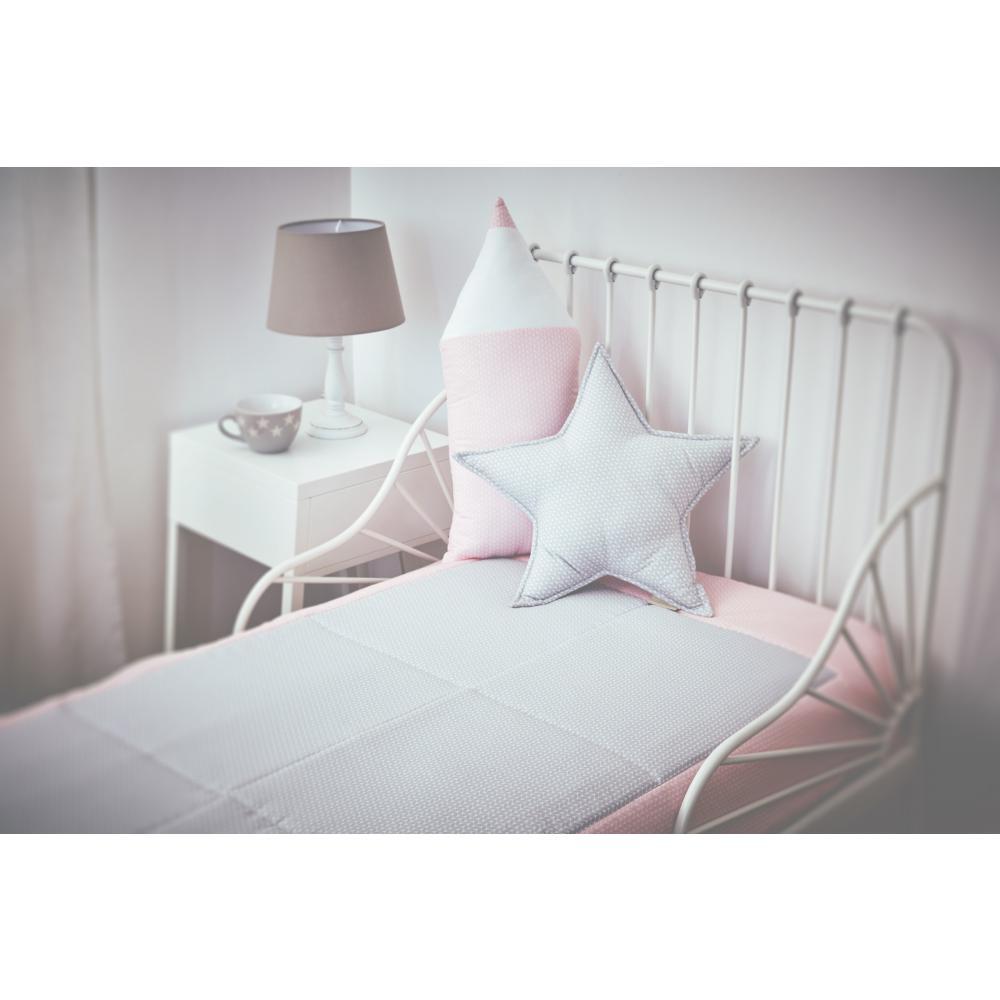 KraftKids Tagesdecke kleine Blätter hellgrau auf Weiß und kleine Blätter rosa auf Weiß