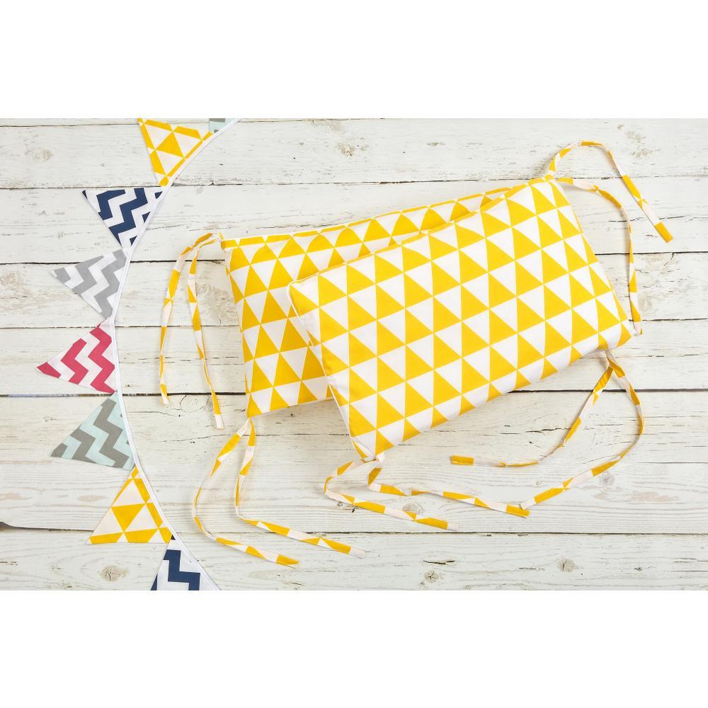 KraftKids Nestchen gelbe Dreiecke Nestchenlänge 60-60-60 cm für Bettgröße 120 x 60 cm