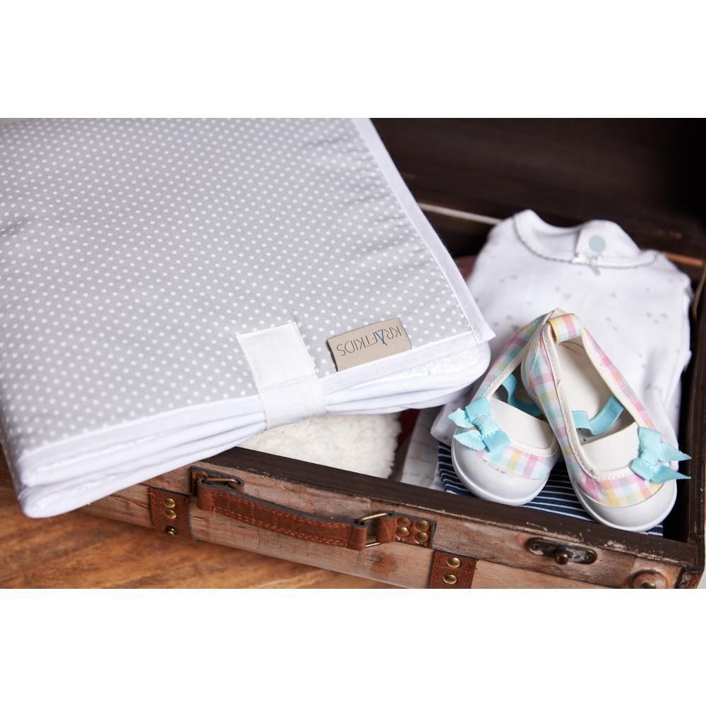 KraftKids Reisewickelunterlage weiße Punkte auf Grau 3 Lagen wasserundurchlässig weich Frotte 100% Baumwolle