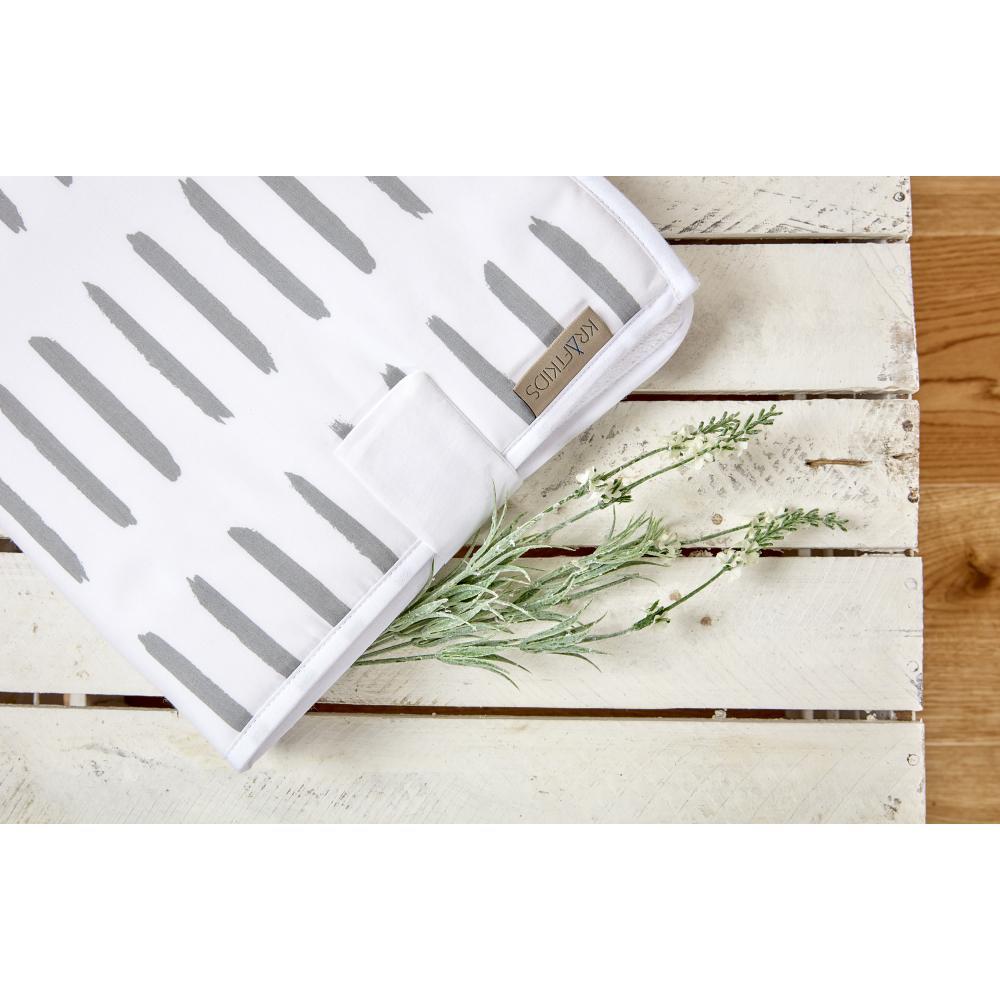 KraftKids Reisewickelunterlage graue Striche auf Weiß 3 Lagen wasserundurchlässig weich Frotte 100% Baumwolle