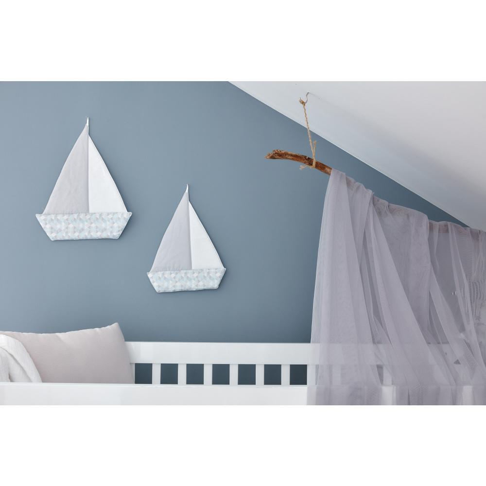 KraftKids Segelboot kleine Dreiecke blau grau weiß