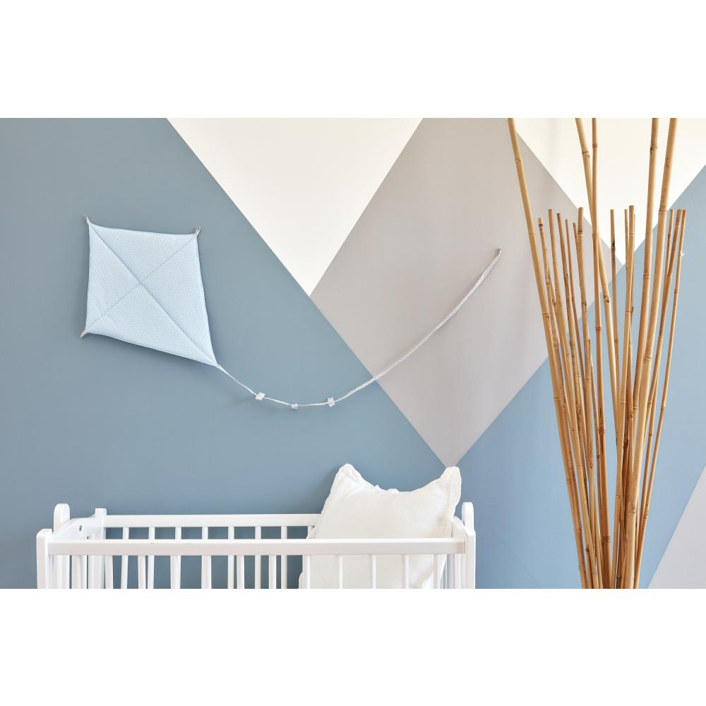 KraftKids Dekoration Luftdrache kleine Blätter hellblau auf Weiß