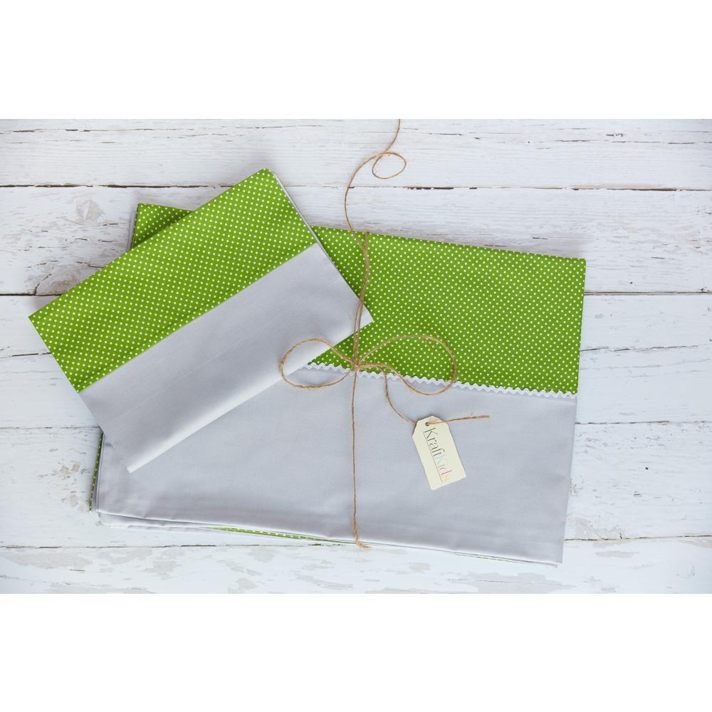 KraftKids Bettwäscheset Unigrau und weiße Punkte auf Grün 140 x 200 cm, Kissen 80 x 80 cm