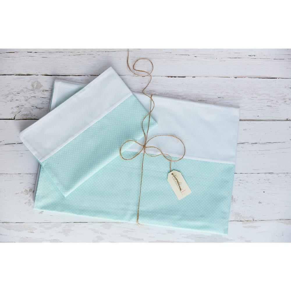 KraftKids Bettwäscheset Uniweiss und weiße Punkte auf Mint 140 x 200 cm, Kissen 80 x 80 cm