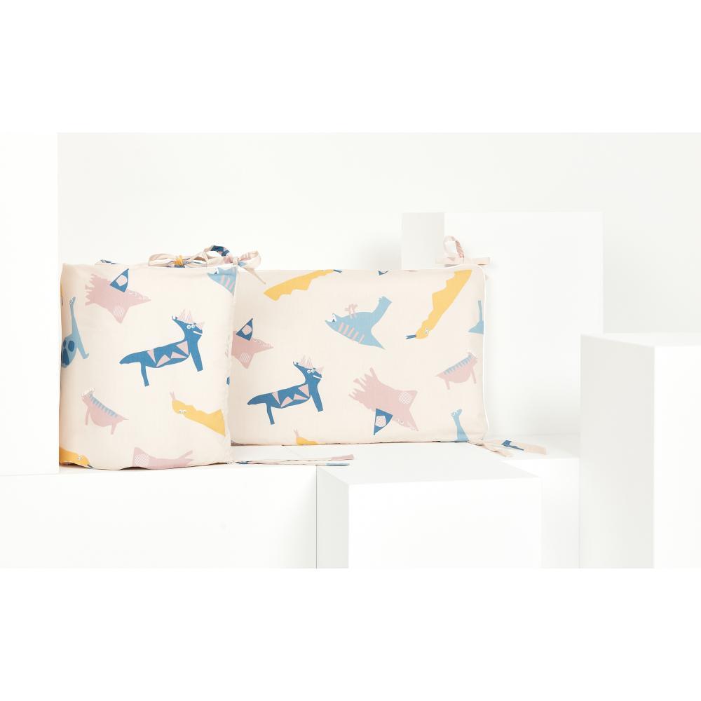 KraftKids Nestchen Zoe´s Dinosaurier auf Beige Nestchenlänge 60-60-60 cm für Bettgröße 120 x 60 cm