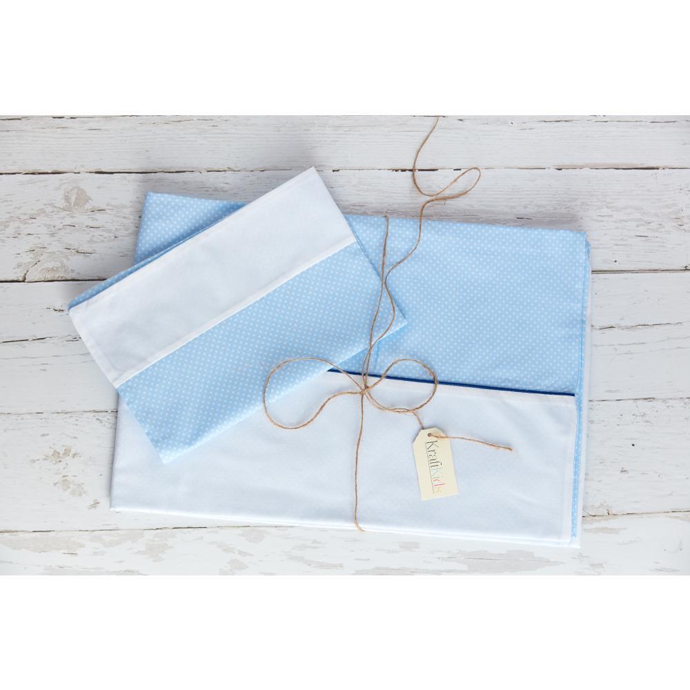 KraftKids Bettwäscheset Uniweiss und weiße Punkte auf Hellblau 140 x 200 cm, Kissen 80 x 80 cm
