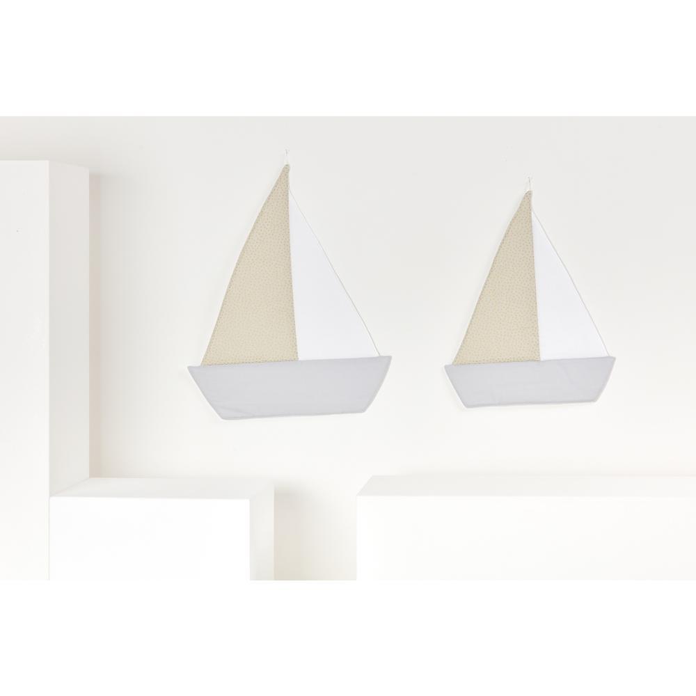 KraftKids Dekoration Segelboot goldene unregelmäßige Punkte auf olivem Grün