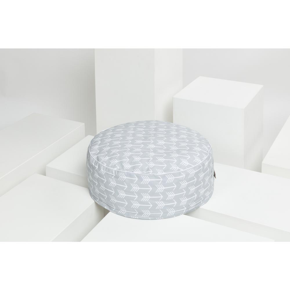 KraftKids Sitzpuff weiße Pfeile auf Grau mit Micro-EPS-Perlen mit TOXPROOF-ZERTIFIKAT des TÜV-Rheinland