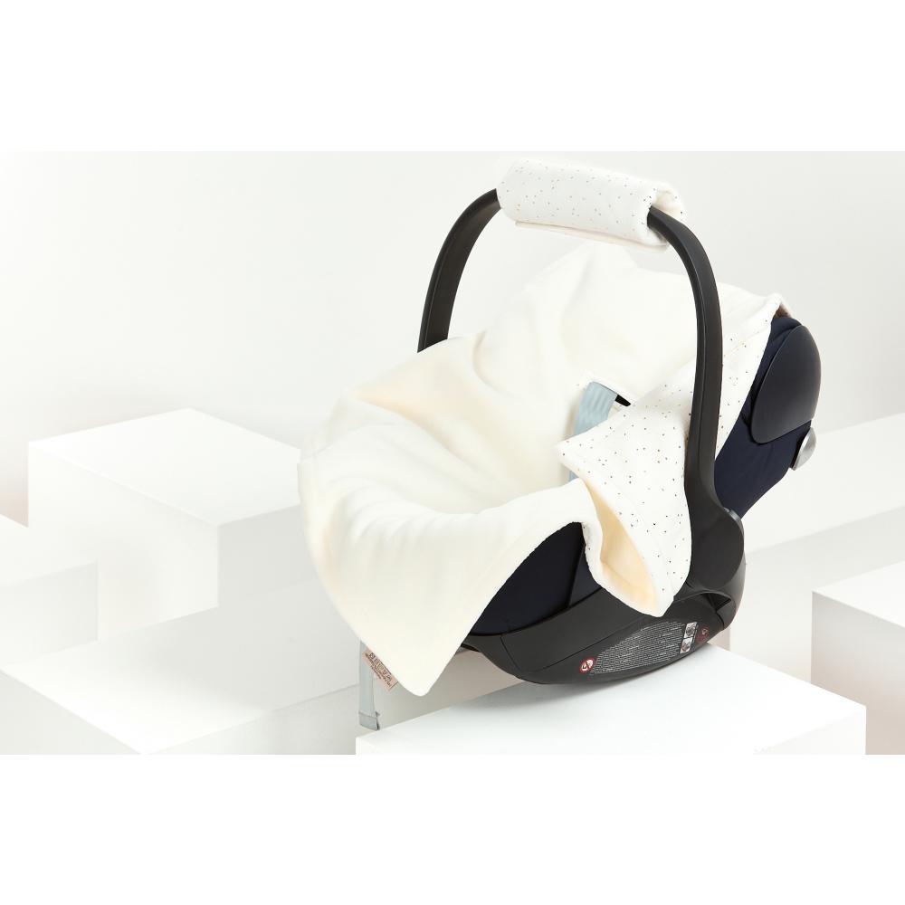 KraftKids Decke für Babyschale Winter Musselin goldene Punkte auf Weiß