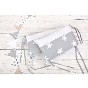 KraftKids Nestchen große weiße Sterne auf Grau und Uniweiss Nestchenlänge 60-70-60 cm für Bettgröße 140 x 70 cm