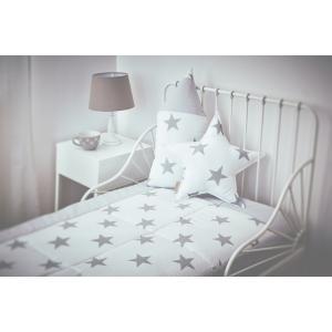 KraftKids Tagesdecke große graue Sterne auf Weiss und Unigrau