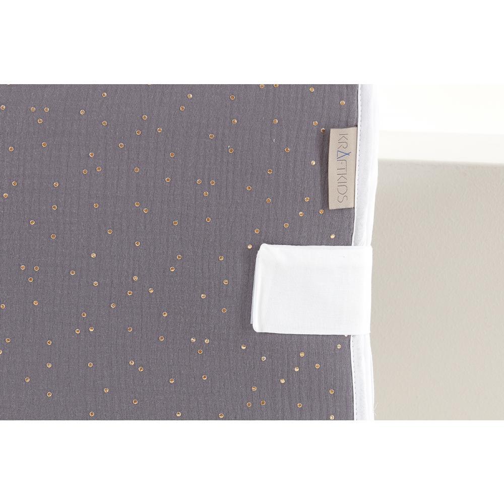 KraftKids Reisewickelunterlage Musselin goldene Punkte auf Grau 3 Lagen wasserundurchlässig weich Frotte 100% Baumwolle