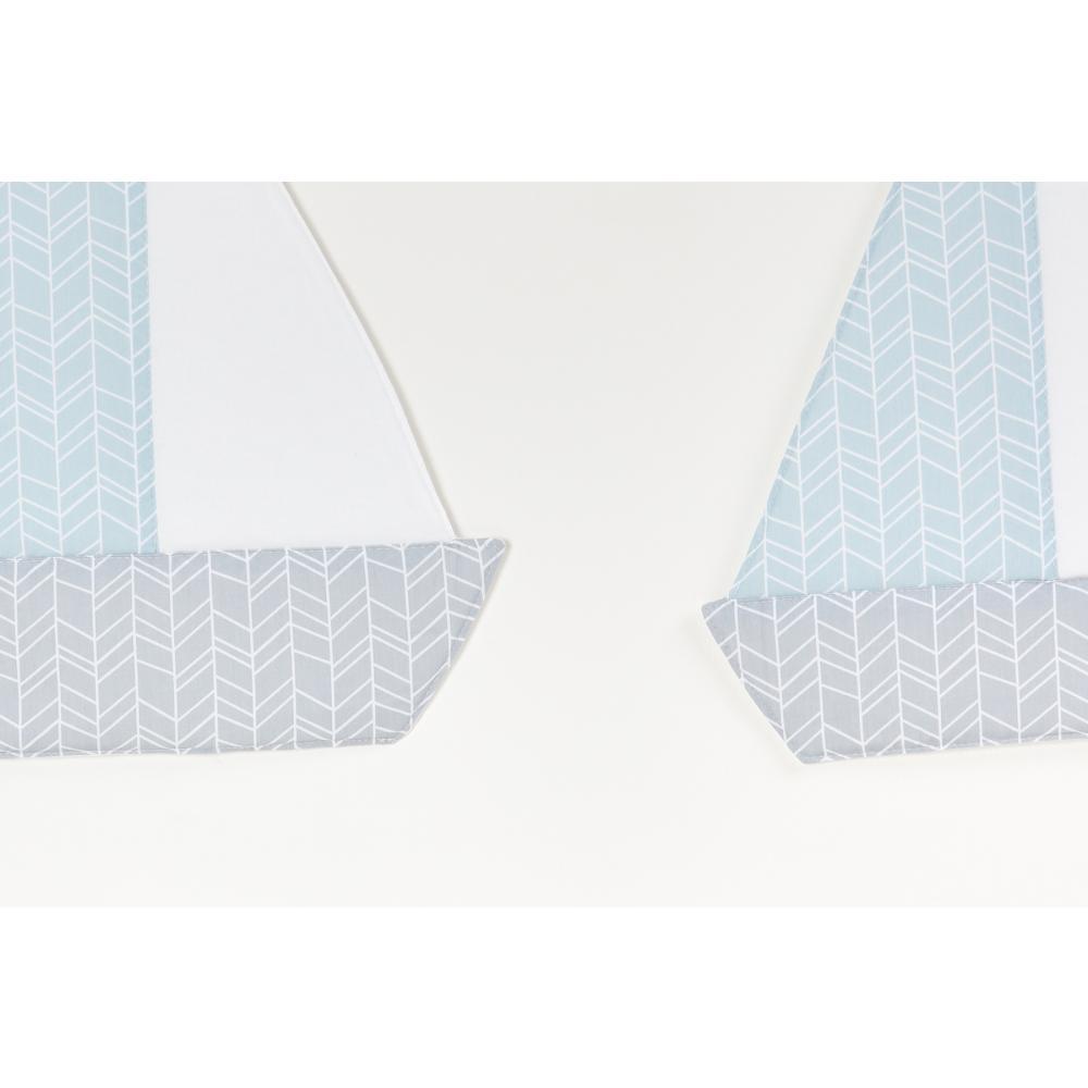 KraftKids Segelboot weiße Feder Muster auf Blau und weiße Feder Muster auf Grau