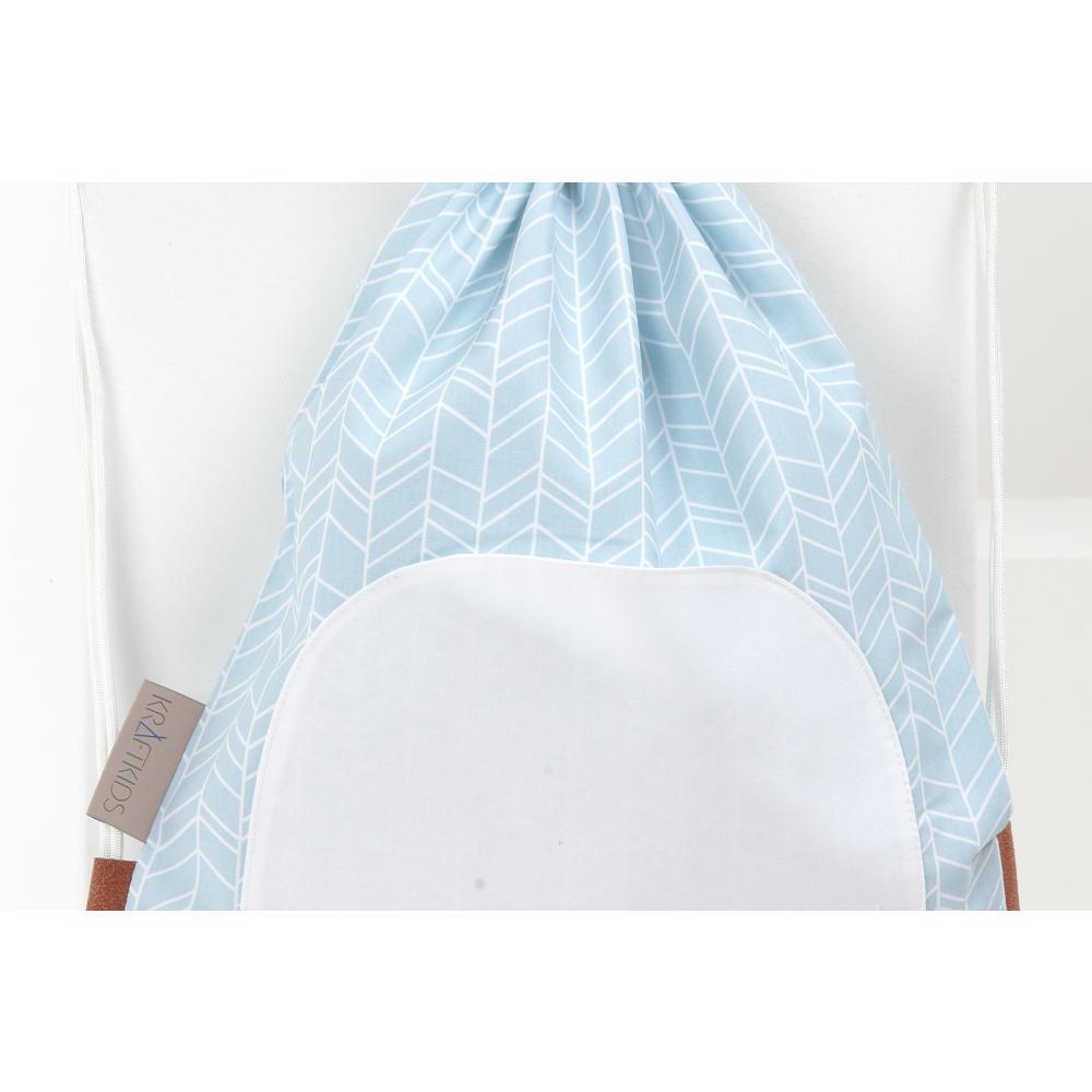 KraftKids Turnbeutel weiße Feder Muster auf Blau