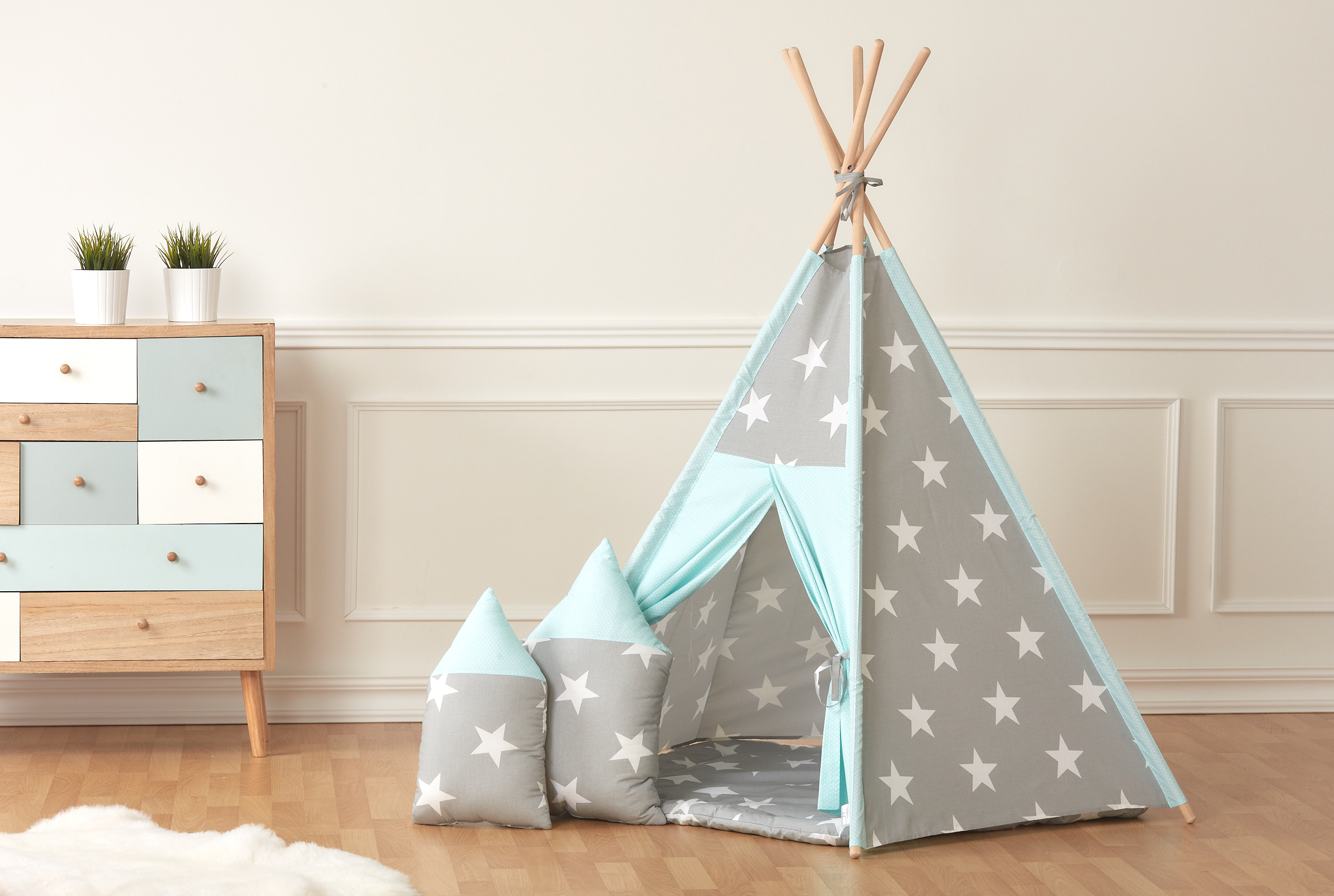 kraftkids spielzelt tipi gro e wei e sterne auf grau und. Black Bedroom Furniture Sets. Home Design Ideas
